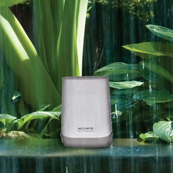 Close up Wireless Rain Gauge Collector – AcuRite Weather Monitoring Devices