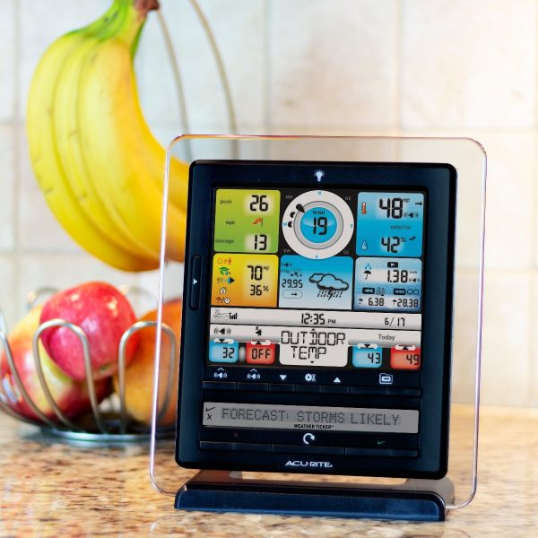 Color Display with PC Connect for Weather System with 5-in-1 Sensor Placed on a Kitchen Counter – AcuRite Weather Tools