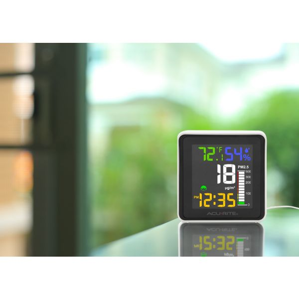indoor air quality monitor - lifestyle view