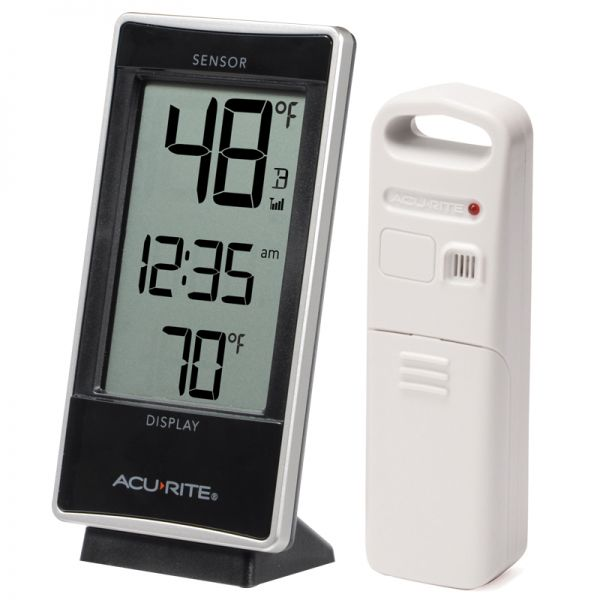 Angled view of the Digital Thermometer with Indoor / Outdoor Temperature - AcuRite Weather Monitoring Devices