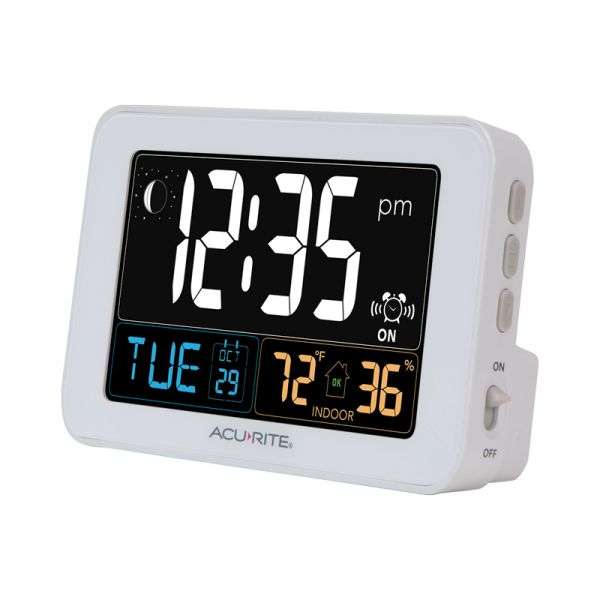 AcuRite digital alarm clock with USB charger